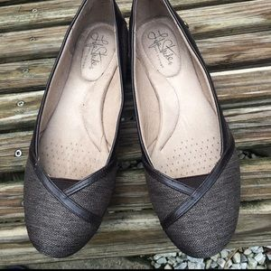 LifeStride Soft System support gray brown flats